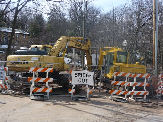 Union Street Bridge in Hawthorne is closed to traffic until July.