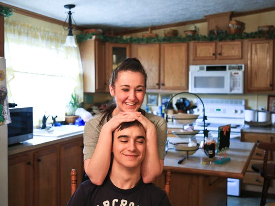 "Scottie Combs has been clean from heroin since May 2016. He finds strength in his girlfriend Kaylee Perry. 'It's nice to have someone to talk to,"" the former addict says."