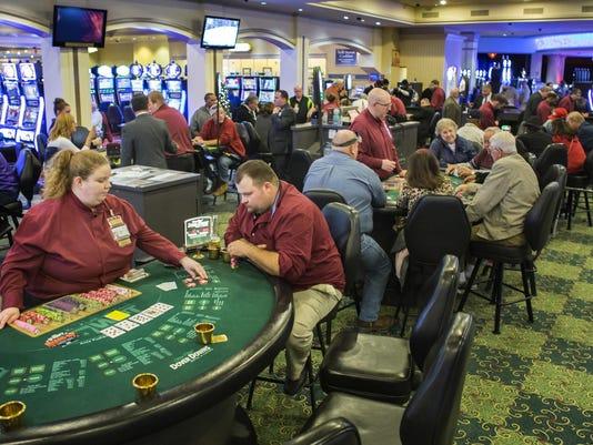 IMG_111514_Casinos_KRG02_1_1_EOALFMJN.jpg_20150501.jpg