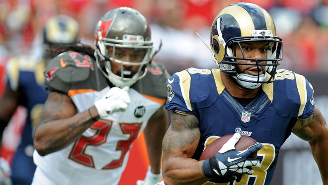 Former Bucs S Mark Barron (23) will be wearing Rams horns going forward.