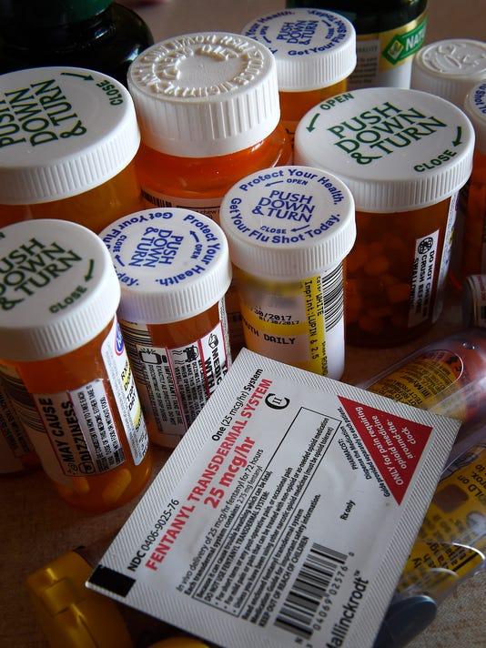636241529668339488-NAS-Chronic-pain-opioid-02.jpg