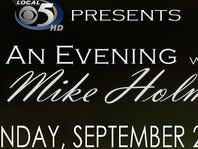Win tickets to see former coach Mike Holmgren