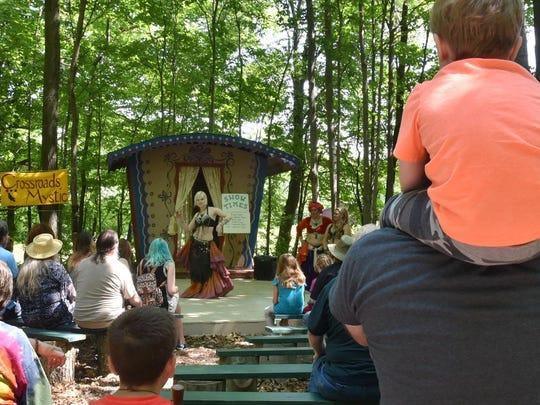 Rachel Paul of Luxemburg performs a dance in the Kaheen