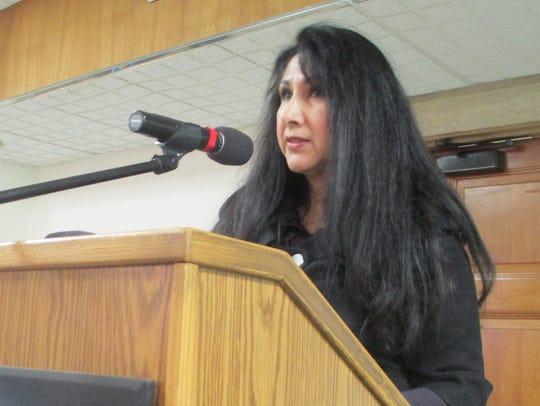Terry Beltran, of Ask the Latina, speaks at Pontiac