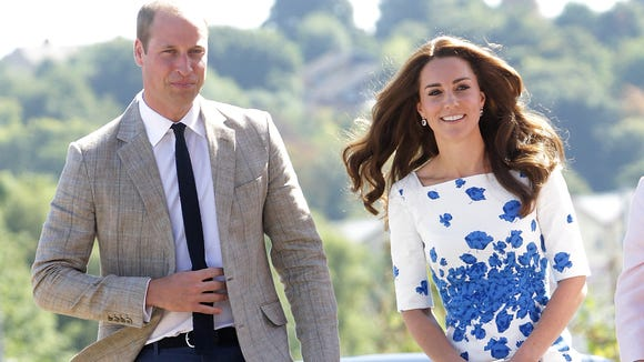 c41b3485ef3e Duchess Kate re-wore a favorite dress to a charity visit