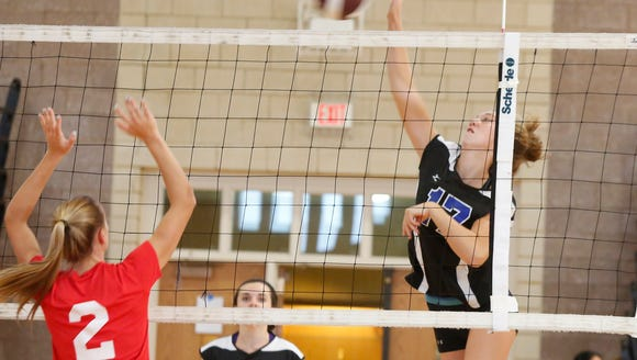 Fox Lane takes on Mahopac during the Scarsdale volleyball