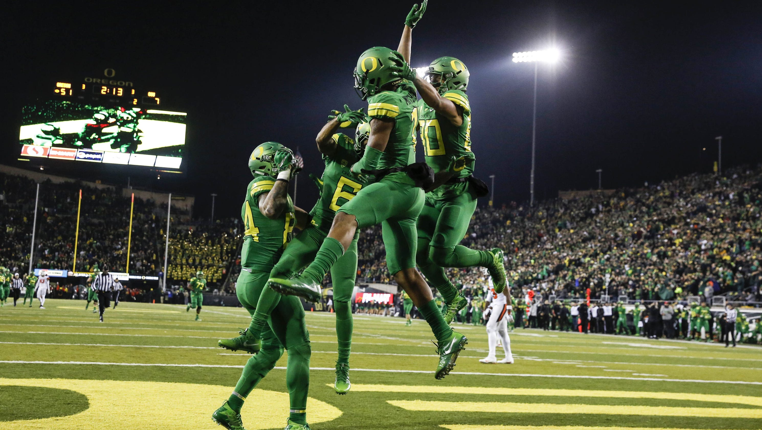 3 college football bowl games to watch saturday
