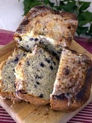 Blueberry Lemon Poppyseed Bread. Ken Osburn/staff 11/10/01