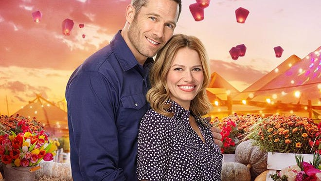 "Bethany Joy Lenz and Luke Macfarlane star in ""A Valentine's Match."""