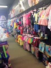 Spirit Halloween Store   What Is Moving Into Acadiana Mall