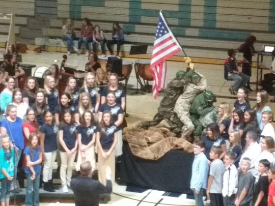 Canyon View Middle performing for Veterans Day