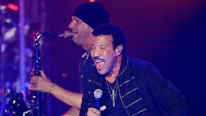 Lionel Richie performs at the Essence Festival in New Orleans, Sunday.