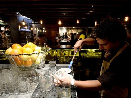 FC1106-ll social restaurant report DLM 03