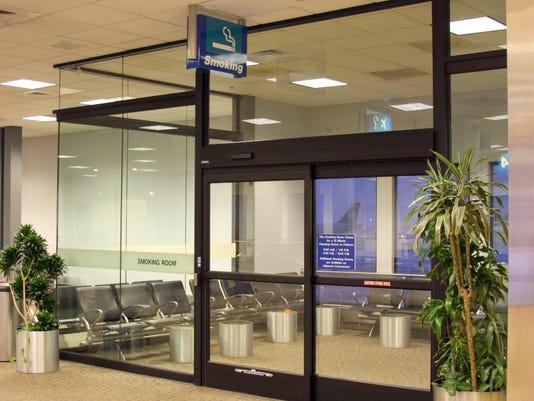 635761114778773341-Salt-Lake-City-International-Airport-Smoking-lounge