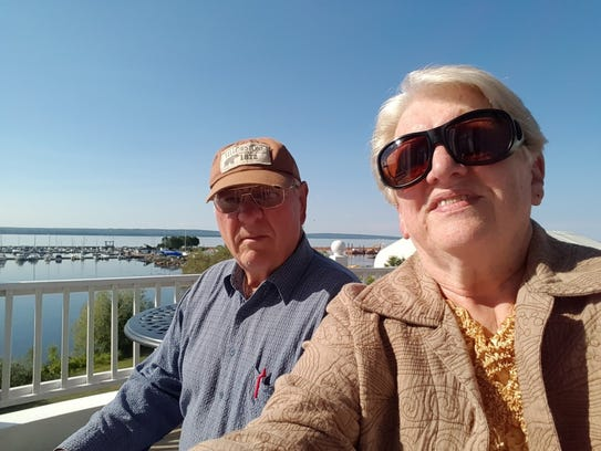 Susan Manzke shoots a selfie with Bob on the deck of