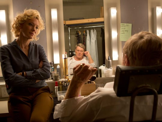 """Cate Blanchettt stars with Robert Redford, portraying Dan Rather, in """"Truth"""""""