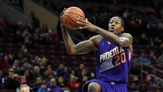 Phoenix Suns guard Archie Goodwin (20) takes a shot during the fourth quarter of the game against the Philadelphia 76ers at the Wells Fargo Center. The Phoenix Suns won the game 122-96.