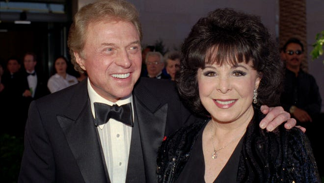 "In this May 30, 1998 file photo, Steve Lawrence and Eydie Gorme arrive at the black-tie gala called ""Thanks Frank""  honoring Frank Sinatra  in Las Vegas."