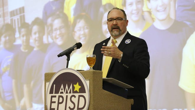 El Paso Independent School District Superintendent Juan Cabrera addresses employees, guests, and business and community leaders during the EPISD 2020 Creating Global Leaders Luncheon in March.