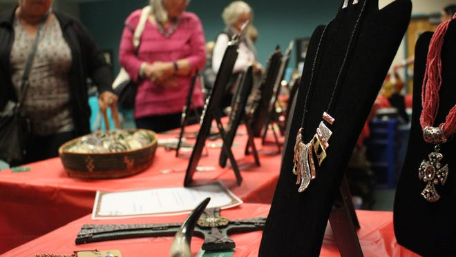 DEMING - Shoppers gathered Saturday at the Mimbres Valley Learning Center for the Holiday Craft and Gift Fair. 60 vendors from Deming and surrounding areas gathered for the event to showcase their products to the community. Items ranging from jewelry to jams were on sale in the event sponsored by the Deming Gem and Mineral Society as well as Deming MaintStreet Program to encourage local shopping for holiday gifts.