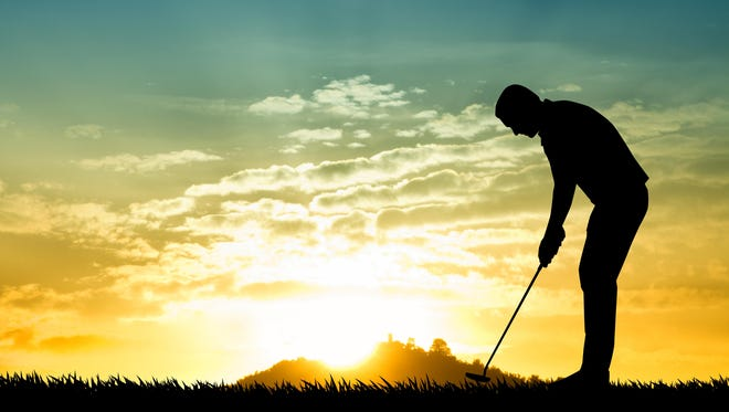 Golf instructor Daril PAcinella says keeping your head down is a myth in the golf swing. By trying to keep your head down it will cause more problems in your downswing.