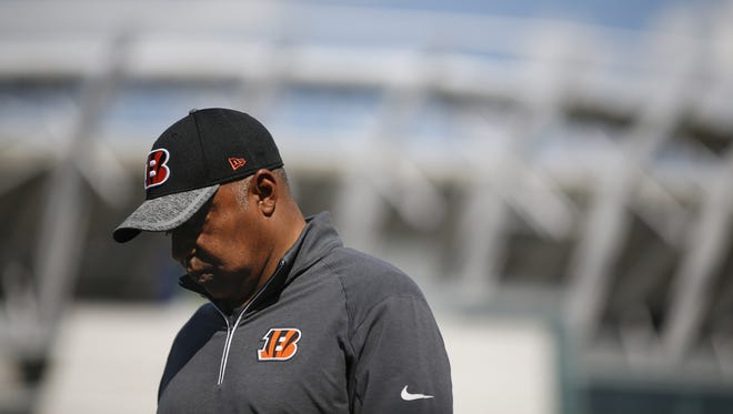 Cincinnati Bengals head coach Marvin Lewis has tried to battle a national report that he had already made up his mind about leaving the team after the season.