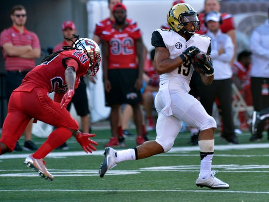 NCAA Football: Vanderbilt at Western Kentucky