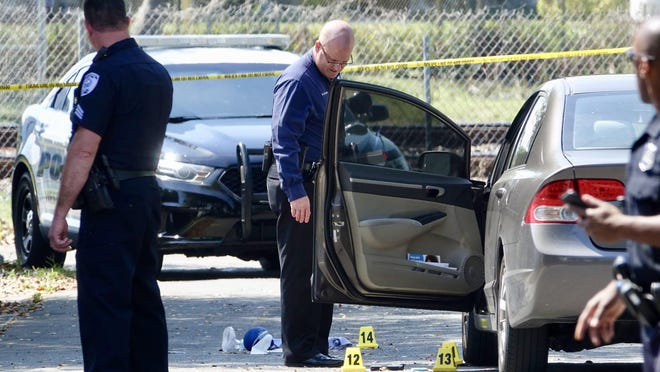 West Palm Beach police investigate a double shooting on Lincoln Road on March 12, 2019.