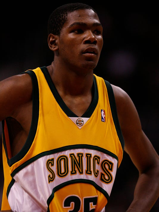 3c0197a87 Kevin Durant scores 63 points in Seattle pro-am