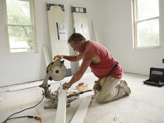 Carpenter Dave Brandt of Westwind Construction Co.