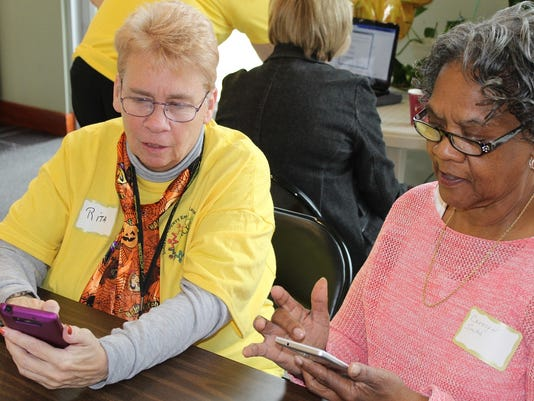 Somerset County: Somerset County employees volunteer with community organizations PHOTO CAPTION