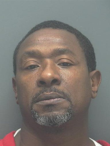 BRICE, LEON DOB: 1962-03-16 Last Known Address:1846 Fountain St Ft Myers FL 33916  MOVING TRAFFIC VIOL (DRIVE WHILE LIC SUSP HABITUAL OFFENDER)
