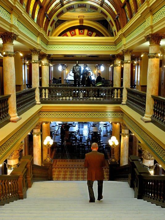-Inside Montana Capitol for online.jpg_20121119.jpg