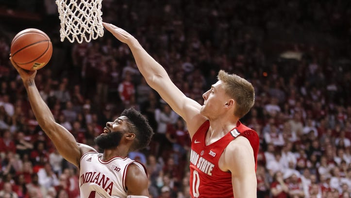 Indiana Hoosiers guard Robert Johnson (4) shoots the