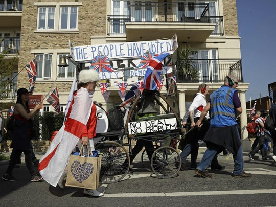 Pro-Brexit leave the European Union supporters take