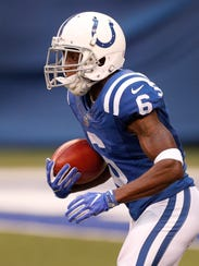 Indianapolis Colts wide receiver JoJo Natson (6) returns
