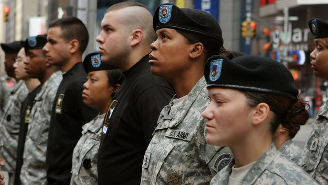 Army recruits in 2006.