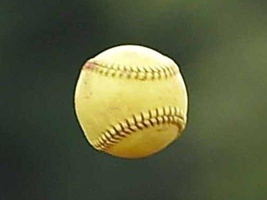 TCLTab_05-31-softball--2015-05-29-IMG_Hailey_Lunderman.jpg_1_1_A3AU01O4_L619