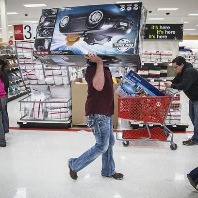 Shoppers take advantage of Black Friday deals on Thanksgiving
