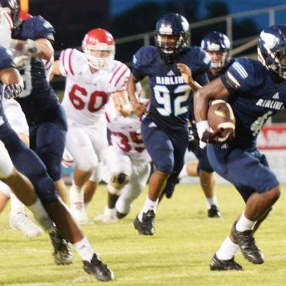 Airline's defense hopes to create turnovers against