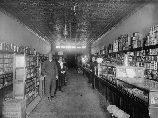 Creed Grocery Store (1915)