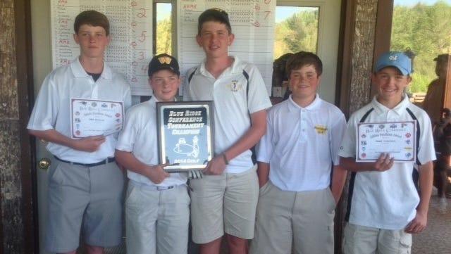 The Waynesville Middle School golf team.