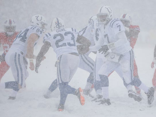Indianapolis Colts quarterback Jacoby Brissett (7)