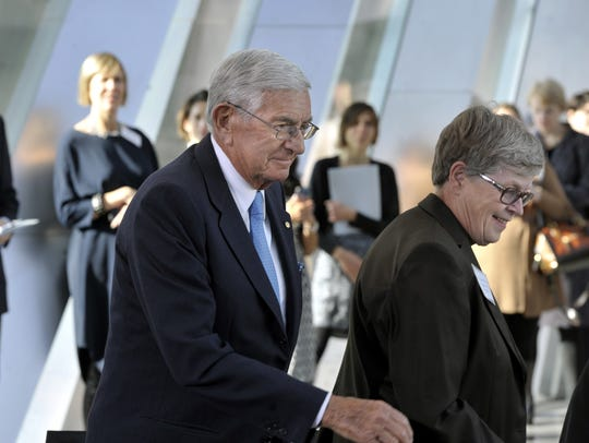 Businessman and MSU alumnus Eli Broad heads to the