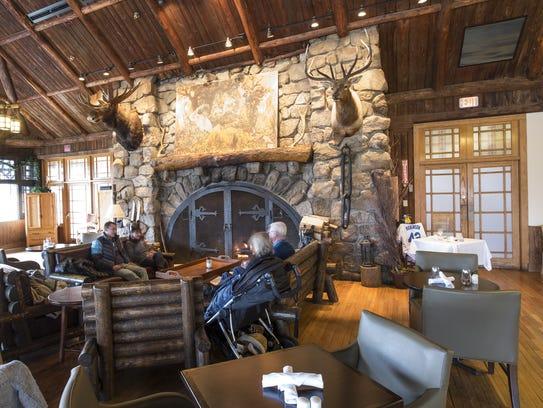 The restaurant at the Bear Mountain Inn at Bear Mountain