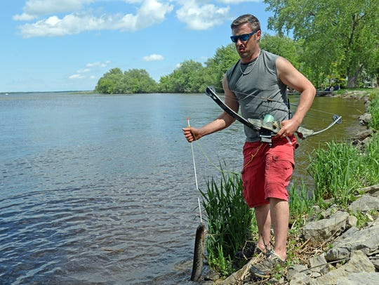 Bowfishing is growing in popularity, and companies