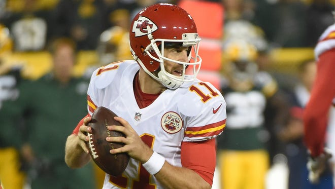 Kansas City Chiefs quarterback Alex Smith finally threw a TD to a wide receiver in the Chiefs' 38-28 loss to Green Bay on Monday night.