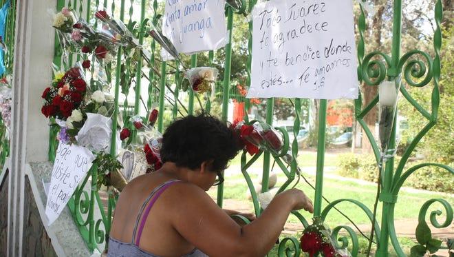 Fans mourn outside the home of Juan Gabriel in Juárez.