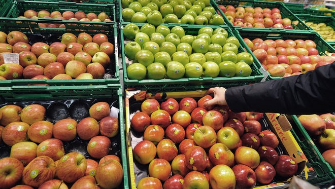 Apple varieties are well branded. Shoppers are willing to pay more for them.