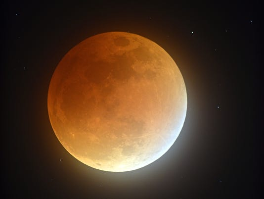 AP SUPERMOON ECLIPSE A USA NC